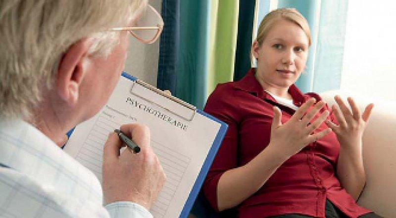 Längere Richtlinientherapien erfordern die Weiterbildung im ambulanten Sektor. Foto: Keystone