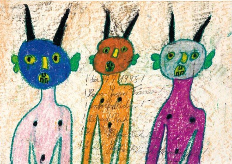 Die drei Teufel, gemalt mit bunter Kreide, präsentieren nicht nur eine diabolische Fratze, sondern auch drei verängstigte Kinder, die sich über ihre Teufelsmasken erschrecken. Foto: Eberhard Hahne