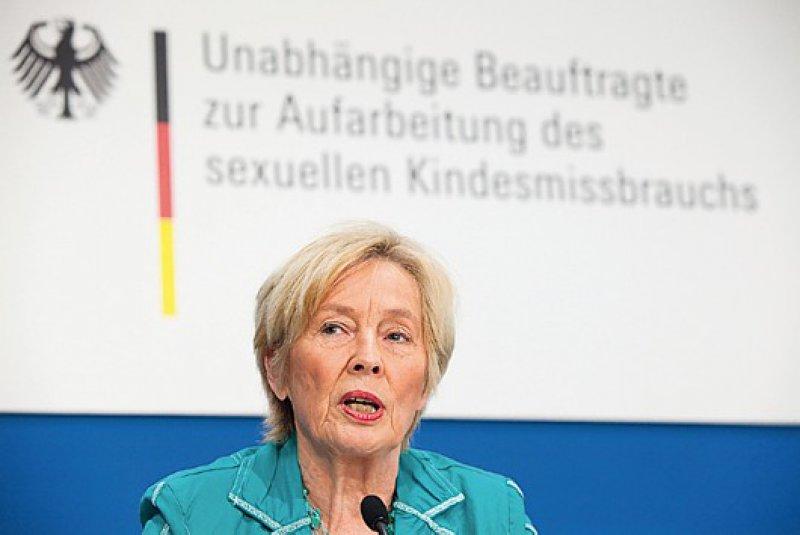 """""""Wir haben unseren Auftrag ernst genommen und unser Bestes gegeben"""", betonte Christine Bergmann. """"Wir hoffen, dass die Bundesregierung die Empfehlungen nun umsetzt."""" Foto: dapd"""