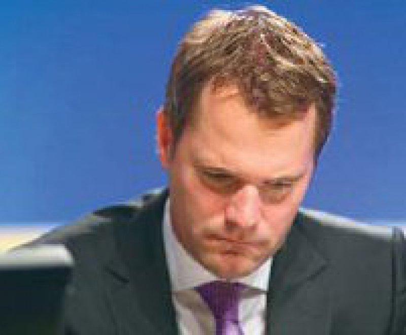Daniel Bahr unter Druck: Dem Finanzministerium ist das neue Gesetz zu teuer. Foto: picture alliance