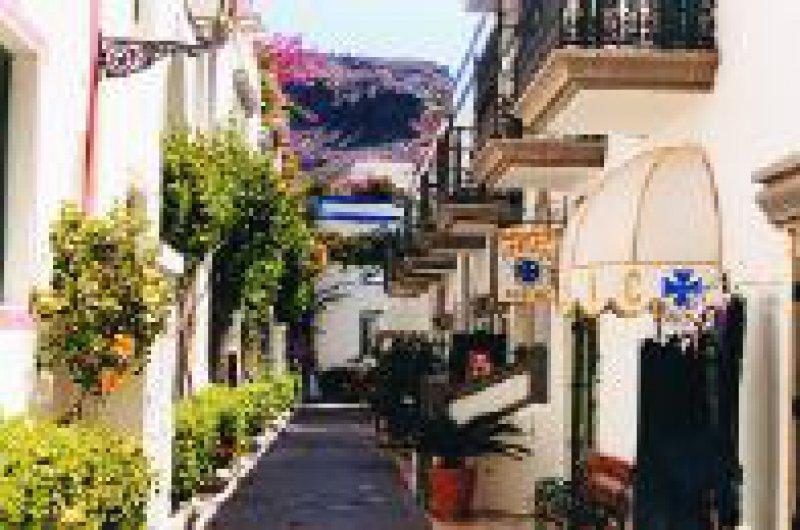 """Zwischen Hafen und Strand: Puerto de Mogán, das """"Klein-Venedig"""" Gran Canarias"""