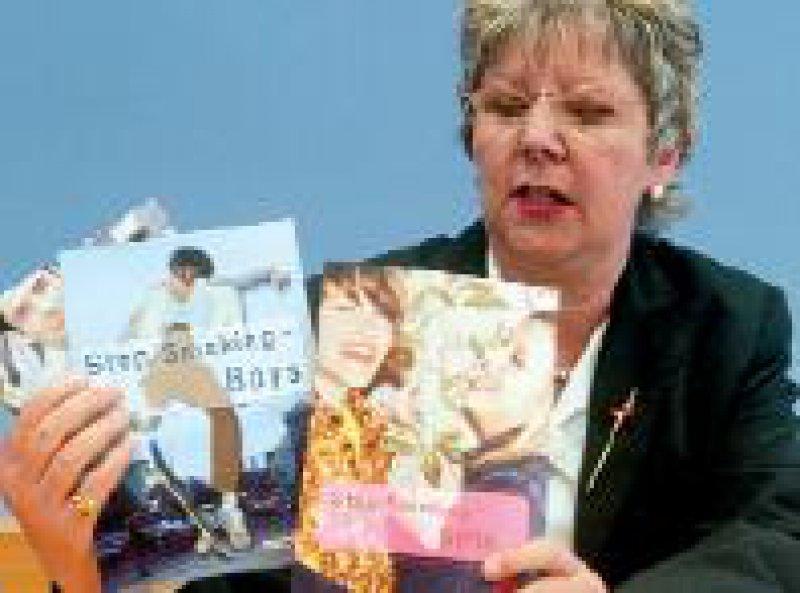 Caspers-Merk präsentierte am 29.April neue Broschüren gegen das Rauchen. Foto: ddp
