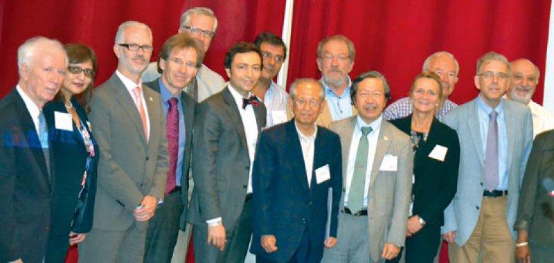Eine Arbeitsgruppe, in der Ärztevertreter aus zahlreichen Ländern vertreten waren, unterzog im brasilianischen Fortaleza die Deklaration von Helsinki einer umfassenden Revision. Foto: WMA