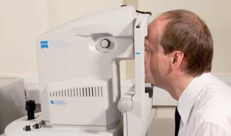 Weniger gefährlich als eine Fluoreszenzangiographie: die optische Kohärenztomographie. Foto: SPL/Agentur Focus