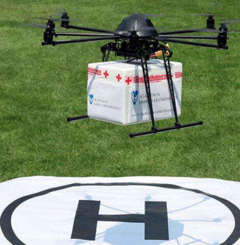 Bei nahezu jedem Wetter einsatzfähig: die Drohne für Blutprodukte im Einsatz. Foto: MikroKopter
