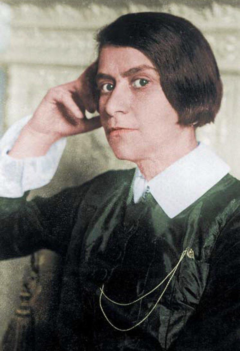 Mit ihrer Dichterin Else Lasker-Schüler tun sich die Wuppertaler bis heute schwer – hier eine Porträtaufnahme aus dem Jahr 1932. Foto: picture alliance