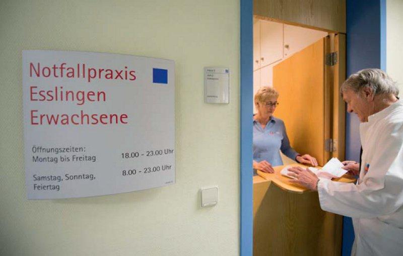 Praxis in der Klinik: 114 Notfallpraxen fürs Wochenende und die Feiertage gibt es mittlerweile in Baden-Württemberg. Foto: dpa