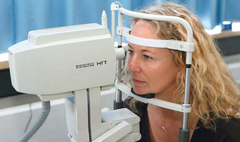 Umstrittene Glaukom-Früherkennung: Nach Ansicht von Ophthalmologen lassen sich damit Erblindungen verhindern. Foto: dpa