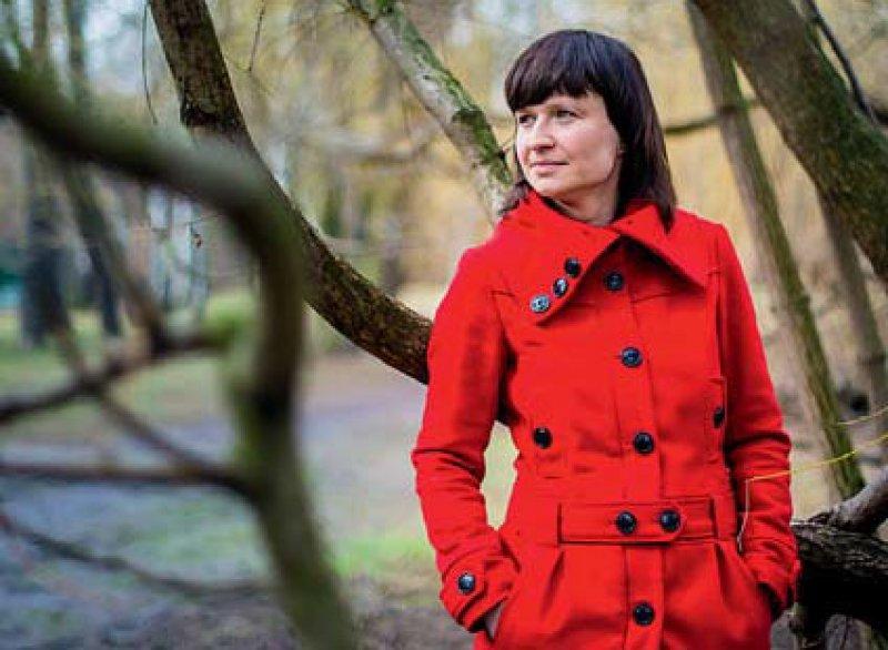 Anja Plechinger gründete im vergangenen Jahr das Unternehmen Trostkunst, das der individuellen Trauer Worte geben möchte. Foto: André Wirsig
