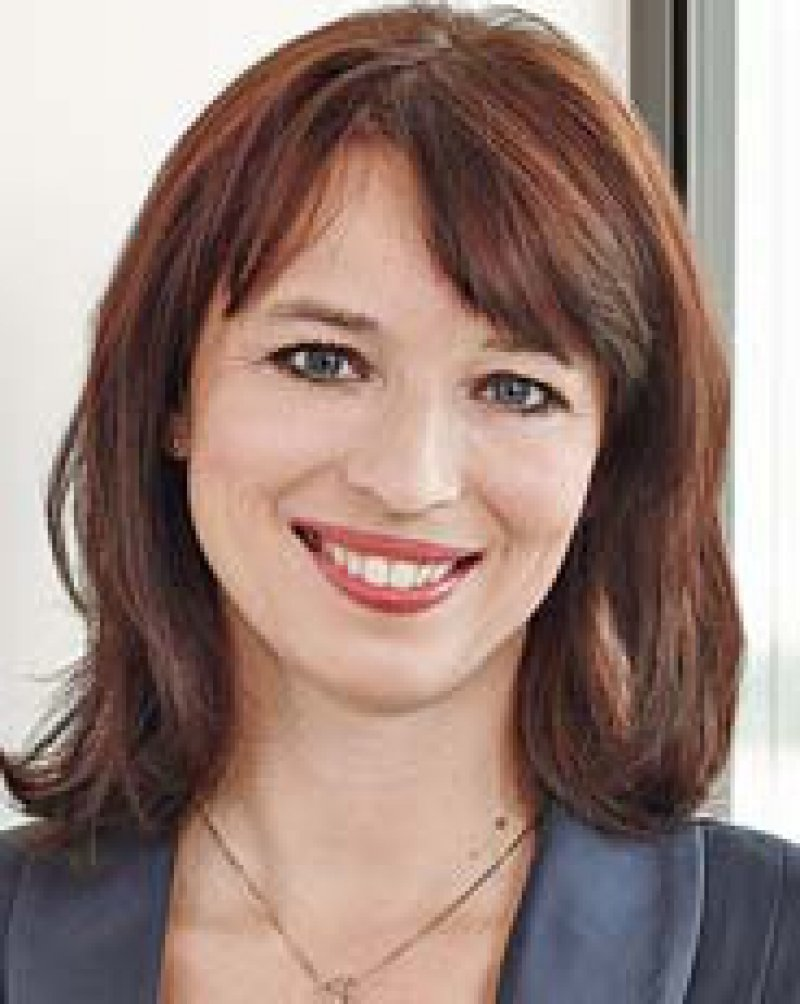 Dr. med. Eva Richter-Kuhlmann, Politische Redakteurin