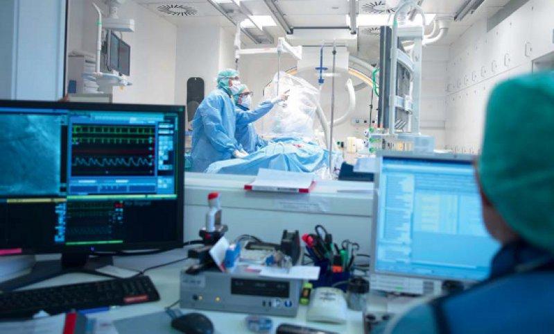 Katheterlabor mit moderner Medizintechnik. Foto: BVMed