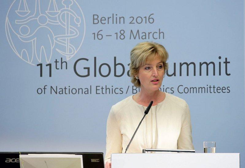 Christiane Woopen, Vorsitzende des Deutschen Ethikrates, war Präsidentin des 11. Global Summits. Foto: globalsummit-berlin2016.de