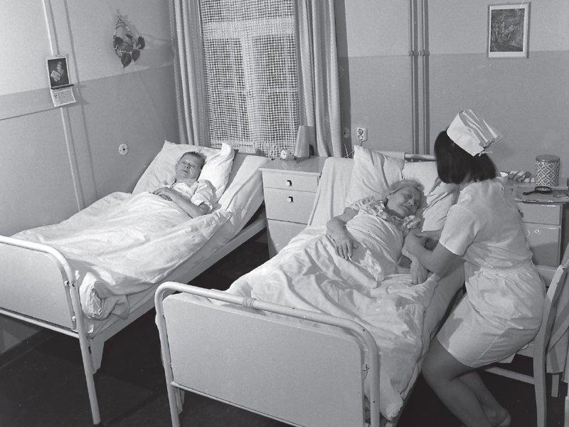Als Prüfzentren fungierten nicht nur Universitätskliniken, sondern auch Bezirkskrankenhäuser und andere Einrichtungen des öffentlichen DDR-Gesundheitswesens. Foto: dpa