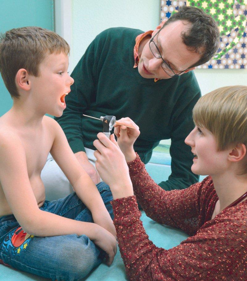 Ambulante Medizin im praktischen Jahr – künftig soll dies für alle Medizinstudierenden Pflicht sein. Foto: dpa