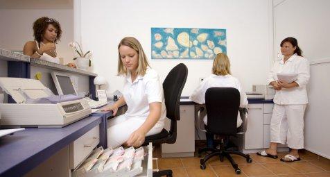 Medizinische Fachangestellte sollen über Darmkrebsfrüherkennung...
