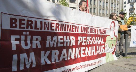 Tag der Pflege: Demonstranten vor dem Bundesgesundheitsministerium in Berlin