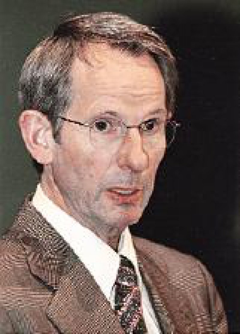 Bundesärztekammer-Präsident Prof. Dr. med. Jörg-Dietrich Hoppe: Misstrauenskultur gegenüber den Ärzten zurückgedrängt Foto: Bernhard Eifrig