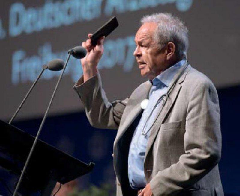 Franz-Joseph Bartmann: Die Rolle des Arztes wandelt sich vom Informationsgeber zum Begleiter und Navigator für Patienten. Foto: Jürgen Gebhardt